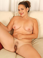 Chunky and mature Serenity shows her hairy pussy in here